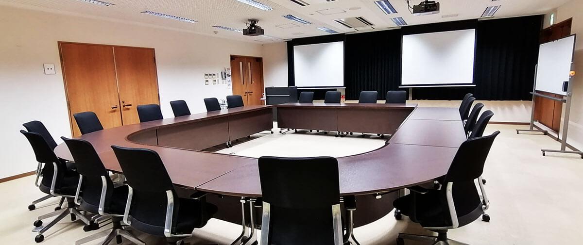 うるま市IT事業支援センター 会議室